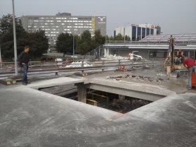 Eerste sparing in betonvloer
